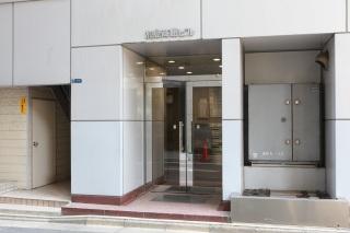 医院入り口