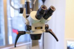 歯科顕微鏡(マイクロスコープ)